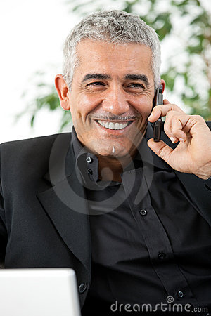 Free Man Calling On Phone Royalty Free Stock Images - 8571509