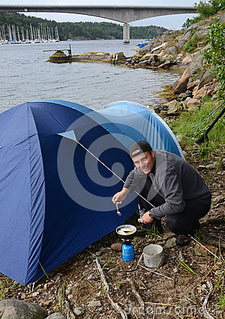 Man cooking in nature