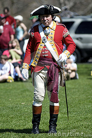 Man Dressed As British Redcoat Editorial Photo - Image: 13979426