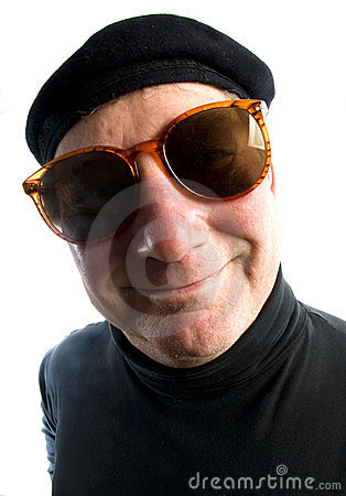 Man french beret suglasses