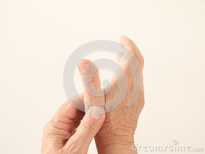 Man has an aching thumb