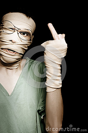 Man With Head Trauma Giving Rude Finger To Accused