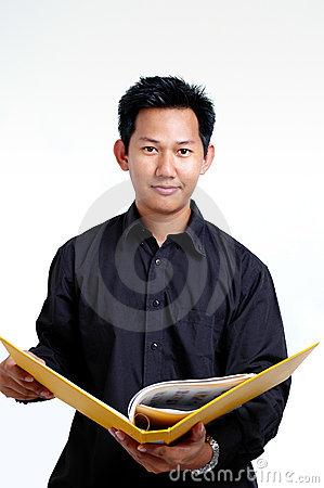 Man holding a file