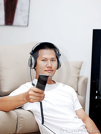 Man holding a remote controler