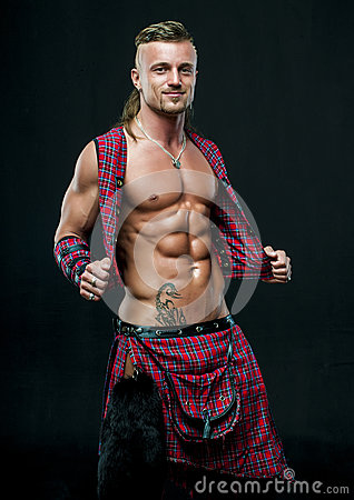 Free Man In Kilt Royalty Free Stock Images - 32285789