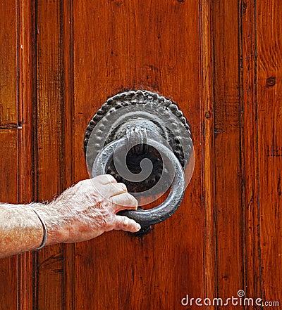 Man knocks on the door