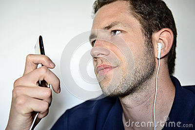 Man listening to his ipod