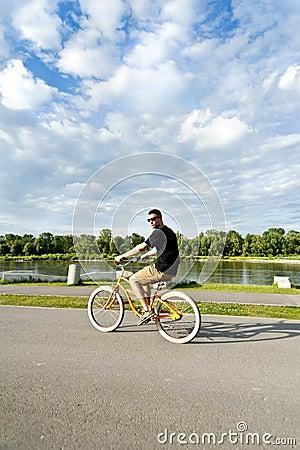 Free Man On Bike Stock Photos - 25251033