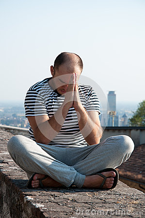 Man prays to God