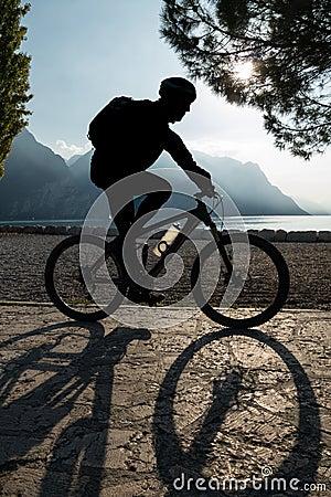 Free Man Riding Bicycle Royalty Free Stock Images - 45958589