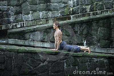 Man s pilates in nature