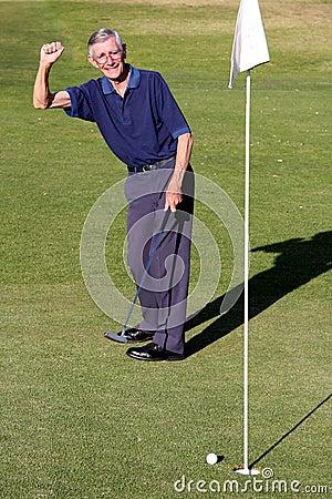 Man sinking Golf Ball