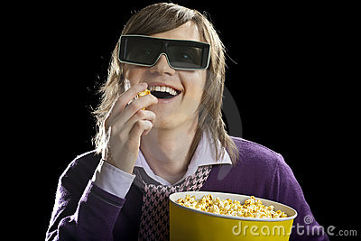 Man there is prist popcornet in cinema-hall