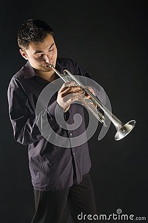 Man trumpet