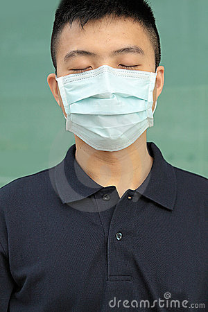 Man wear mask