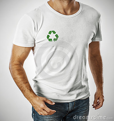 Man wearing t-shirt with recycle symbol