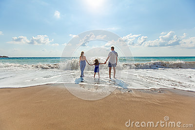 Man And Woman With Girl In Beach Free Public Domain Cc0 Image