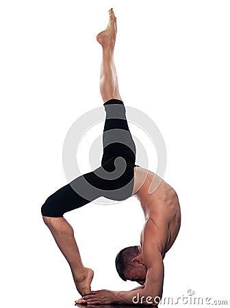 Man yoga  Eka Pada Viparita Dandasana pose