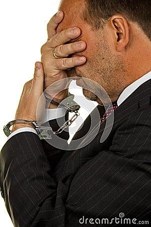 Manager die voor Economische Krminilaität wordt gearresteerd