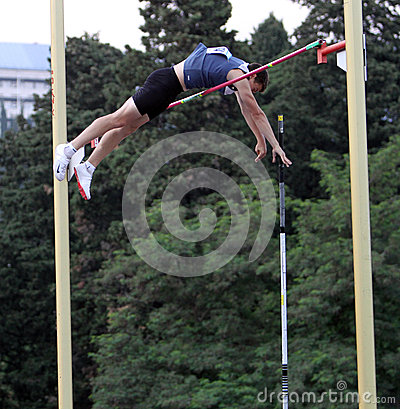 Mandich Vlavislav wins pole vault Editorial Stock Image