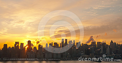 Manhattan Sunrise Stock Photo - Image: 24370280