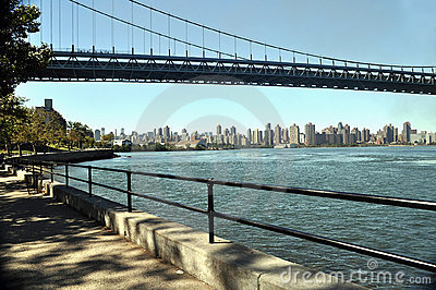 Manhattan view from Astoria park