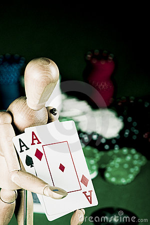 Manikin plays poker