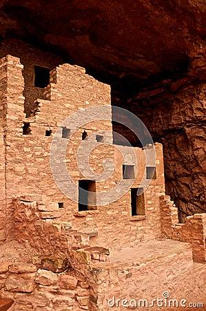 Manitou Springs Cliff Dwellings Museum