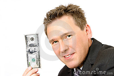 Mann, der 100 Dollarschein-anhält
