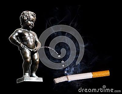 Manneken Pis peeing to cigarette