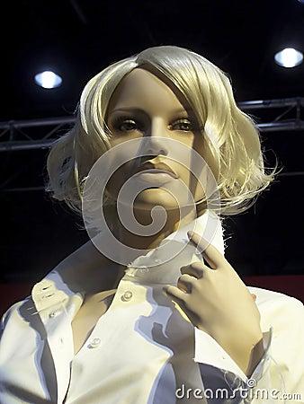 Mannequin girl