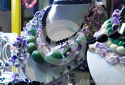 Mannequins necklace colorful stones