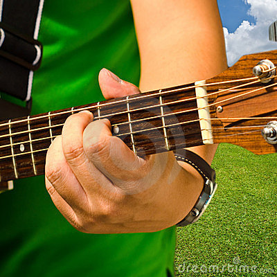 Mano e chitarra