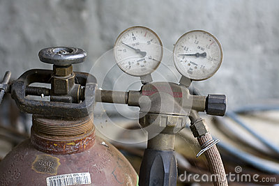Manometer and oxygen tube