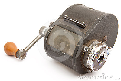 Manual pencil sharpener of metal