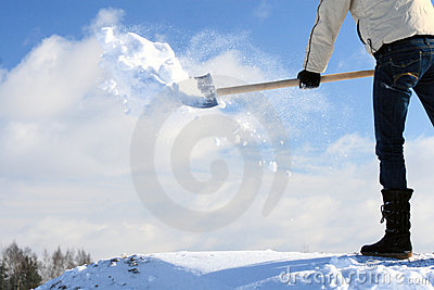 Manual snow removing