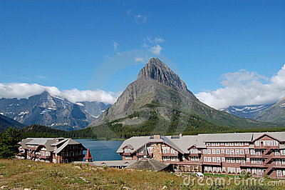 Many Glacier Lodge at Swiftcurrent Lake