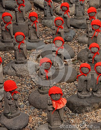 Free Many Jizo With Red Hat Stock Photo - 39314210