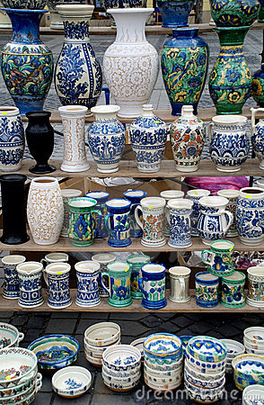 Many traditional romanian pottery