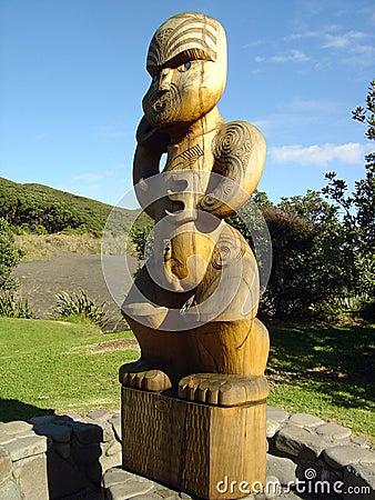 Maori totem on Karekare Beach
