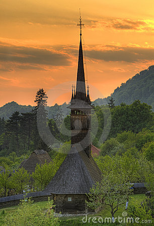 Maramures Ρουμανία εκκλησιών ξύλ&iota