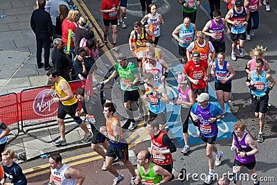 Marathon 2012 de Londres de Vierge Image éditorial