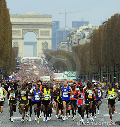Marathon de Paris-Start Editorial Photo