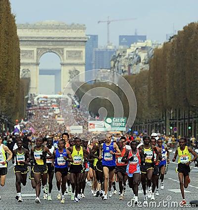 Marathon de Paris-Start Editorial Photo