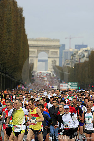 Marathon de Paris-Start Editorial Stock Photo