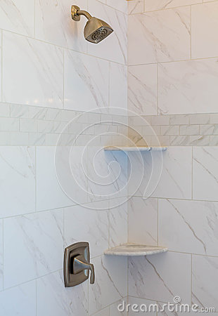 Free Marble Tile Shower Royalty Free Stock Images - 51777809