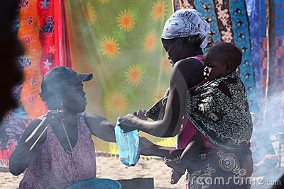 Marché dans Tofo, Mozambique Photographie éditorial