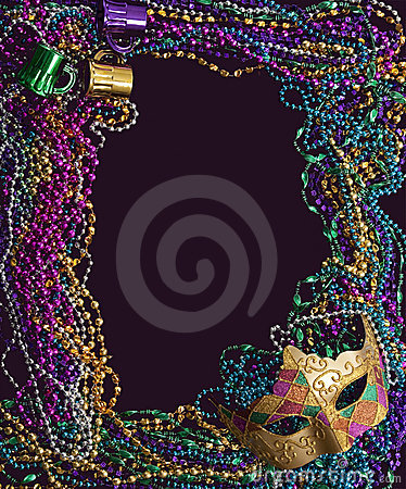 Free Mardi Gras Mask And Beads Royalty Free Stock Photography - 8207997