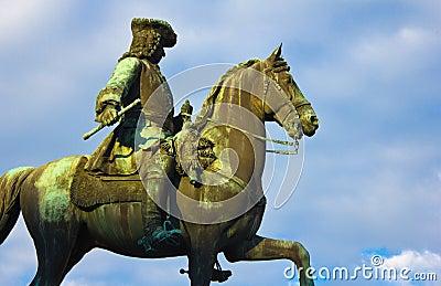 Maria Theresas General Statue