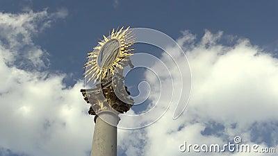 Marian Pillar Column bij Svoboda-Vierkant in Brno werd gebouwd tussen 1679 en 1683 in geheugen van de epidemische plaag dat stock footage